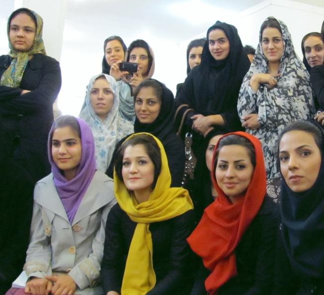 Kermanshah Studentinnen (2)