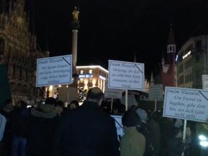 Trauermarsch für Imam Hussain, a.s. am Marienplatz in München